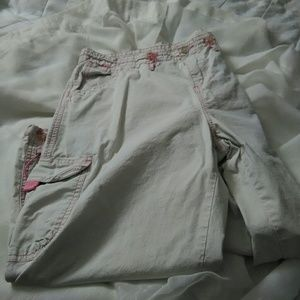 Union Bay tan and pink cargo crop shorts